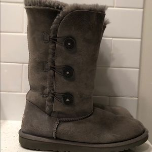 Grey button-up Ugg Boots